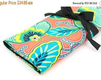 Sale 25% OFF Large Knitting Needle Case - Floral Couture - Black pockets for all size needles or paint brushes