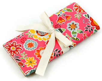 Short Knitting Needle Case - Loose Floral Pink - Ivory pockets for interchangeable, circular, double pointed or travel