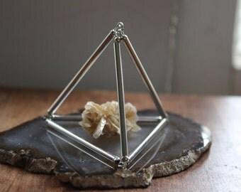 Small Himmeli Crystal Pyramid. Silver.