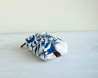 Mini Dopp Bag in Otomi Print