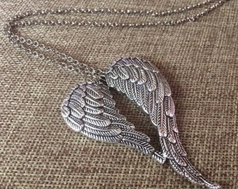 SUMMER SALE Heart Shaped Wing Necklace / Silver Chunky Wing Pendant / Angel Wings Necklace / Angel Wings Pendant / Layering Necklace