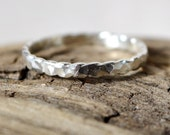 Hammered Scalloped Ring Size 7 Wavy Edged Textured 925 Sterling Silver Handmade Ring Shiny Sparkly Stackable