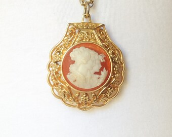 Vintage Avon Perfume Cameo Necklace, Vintage Coral Pink Cameo Necklace, Shell Shaped Cameo Pendant