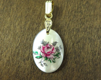 Vintage Gold Plated Mother Of Pearl Oval Charms with Pink Rose Decal (2X) (NS513)
