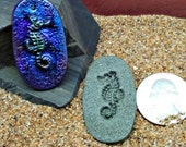 Seahorse mold - Make pendants, buttons, cabochons - Polymer Clay