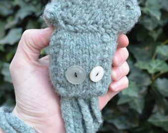 Knitted Squid