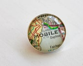 Custom Map Brooch, Map Pin, Hometown Map Select a CIty, Graduation Gift, Personalized Map Gift, Gift for Traveler, Vintage Maps, silver pin