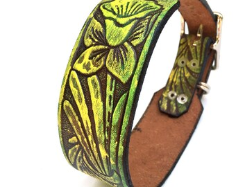 Rustic Leather Dog Collar with Daffodil Tooled Pattern, Green and Yellow, Size S/M to fit a 12-15 in Neck, Small to Medium Dog, Unique, OOAK