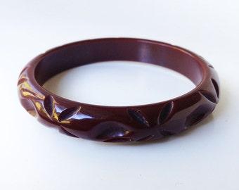 Oxblood Bakelite Bangle Bracelet Deeply Carved Brown Red Tested Vintage 1930s 1940s
