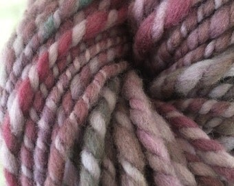 You Mauve Me 62 yards US wool single ply squishy springy arm knitting pudgy handspun