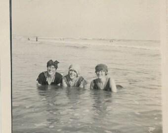 vintage photo 1910 Bathing Beauties Caps Swimsuits Laying Ocean California Coast