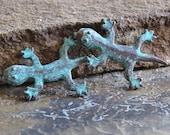 Gecko Mykonos Greek 34mm Charm Green Patina : 2 pc Metal Casting Gecko Greek Verdigris Charm