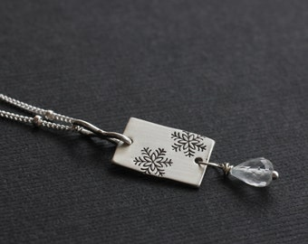 Snowy Day Necklace