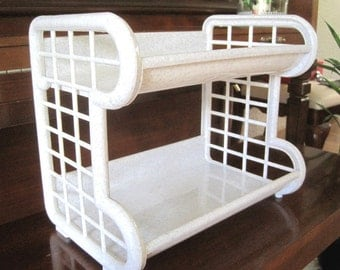 Craft display/ Organizer. Tabletop / Countertop rack or shelving. Easy assembly for craft shows. Plastic. Sturdy. Lightwt.