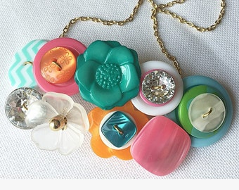 Button Necklace - Glam Garden