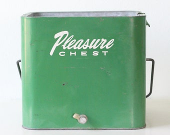 Vintage Pleasure Chest Cooler, Retro Green Ice Chest