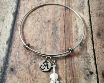 Violin initial bangle - violin jewelry, violinist jewelry, gift for violinist, musician gift, gift for music teacher, silver violin bracelet