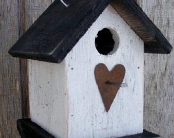 Birdhouse White Black Rustic Primitive Chickadee Wren Cute Songbirds Rusty Heart