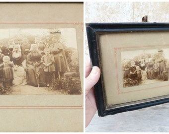 Vintage Antique 1890 French photographic image Family  black wooden framed photography
