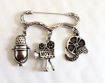 "Shop ""microphone"" in Brooches"