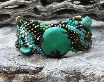 Jewelry - Free Form Peyote Stitch Beaded Bracelet  - Pale Moon - Bead Weaving - Turquoise