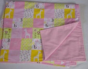 Giraffe Receiving Blanket, Flannel Blanket, Crib Blanket, Stroller Blanket, Car Seat Blanket, Baby Gift, Baby Shower, Swaddling Blanket