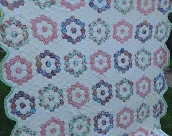 Vintage Hand Quilted Flower Garden Cutter Quilt Set in White