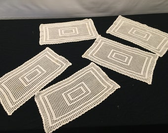 Set of 4 Vintage Ecru/Off White Netted Lace Placemats