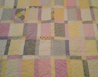 Queen size pastel quilt
