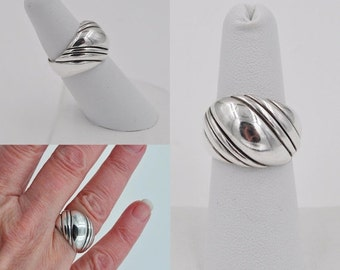 ON SALE Vintage Kabana Sterling Silver Dome Ring, KBN, Modernist, Diagonal Lines, Swirl, Chunky, Size 6 3/4, Fab Ring!  #B249