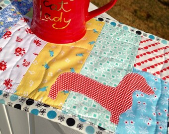Dachshund quilt dachshund applique doxie mug rug doxie table mat cute mug rug doxie mug mat doxie mini quilt red dachshund dog mug rug