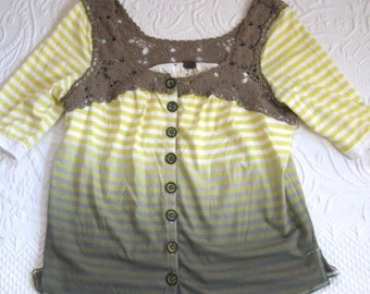 Striped Tee .  Tee Shirt with Lace . Striped Jersey Shirt . boho lace tee . Yellow Striped Shirt
