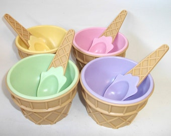 Vintage Ice Cream Cone Sundae Dishes Bowls Cups with spoons