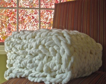 Chunky Knit Throw - fits end of a king size bed - Chunky Knit Blanket, Hand knit throw, Knitted Blanket, Arm Knitted Blanket