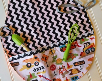Kids-Aprons-Trucks-Construction-Chef-Art-Cooking-Kitchen-Craft-Play-Dough-Summer-Garden-Back-To-School-Smocks-Holiday-Birthday-Toddler-Gifts