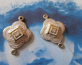 Gold Plated White Frosted Patina Brass Clover Stamping Connectors 280WHT x2