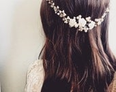 RTS Pearl Hair vine with flower accents, Beaded Pearl Hair Vine Accessory, Vintage style, Gold, Wedding Hair piece, Wedding, Bridal NOELLE