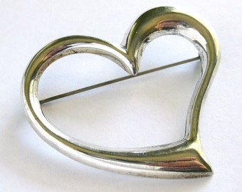 Vintage Sterling Silver Puffy Heart Shaped Brooch / Silver Heart Pin / Sweetheart Pin