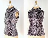 Vintage 60s Black and White Mod Abstract Print Sleeveless Top