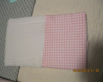Pinked Checked Burp Cloth