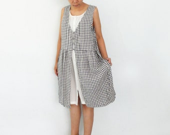 Harvest Summer Day / /  Natural plaid grey gingham pinafore Layers oversize apron farmhouse country dress L