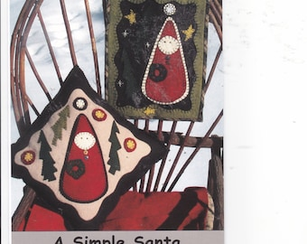 """OOP NIP 2001 Making Lemonade designs 4807 A simple Santa for Wool felt  Pillow 13"""" x 13"""" or  Wall Hanging 10"""" x 13"""" by Pamela Mostek"""