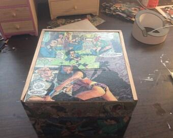 Wonder Woman Keepsake Box