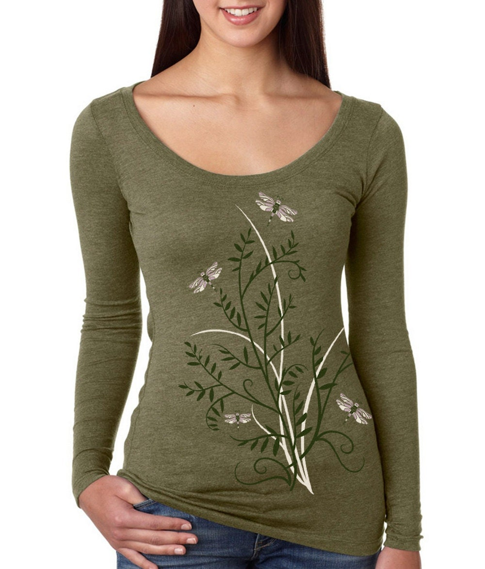 Shop women's graphic tee shirts from Under Armour, available in a variety of colors and designs. FREE SHIPPING available in the US.