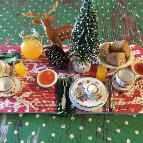 Miniature Christmas Lodge Breakfast Prep Board-1:12 Scale