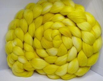 Merino 15.5 Roving Combed Top 5oz - Sunflower 2