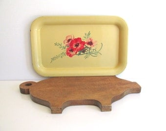 Vintage Gold Metal Serving Tray Red Floral Design Fall Harvest Colors