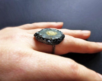 Hylozoism. Primitive ring with raw aolar quartz stalactite and sterling silver - size 10.5 - bohemian rustic