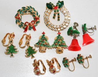Vintage Christmas Jewelry Lot