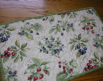Quilted Small Table Topper, Berry Print with Green Binding,  13 x 21 inches